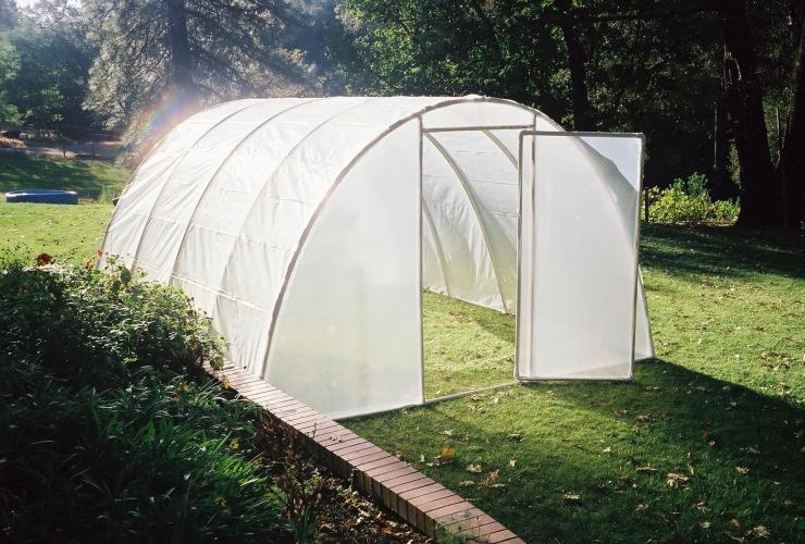 FREE plans of PVC pipe structures, greenhouse, cold frame, furniture ...